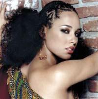Alicia-Keys-01_20040408_163640_7443